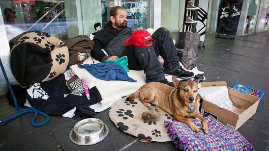 5 melbourne-beggar