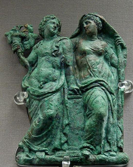 8 Dionysos Ariadne