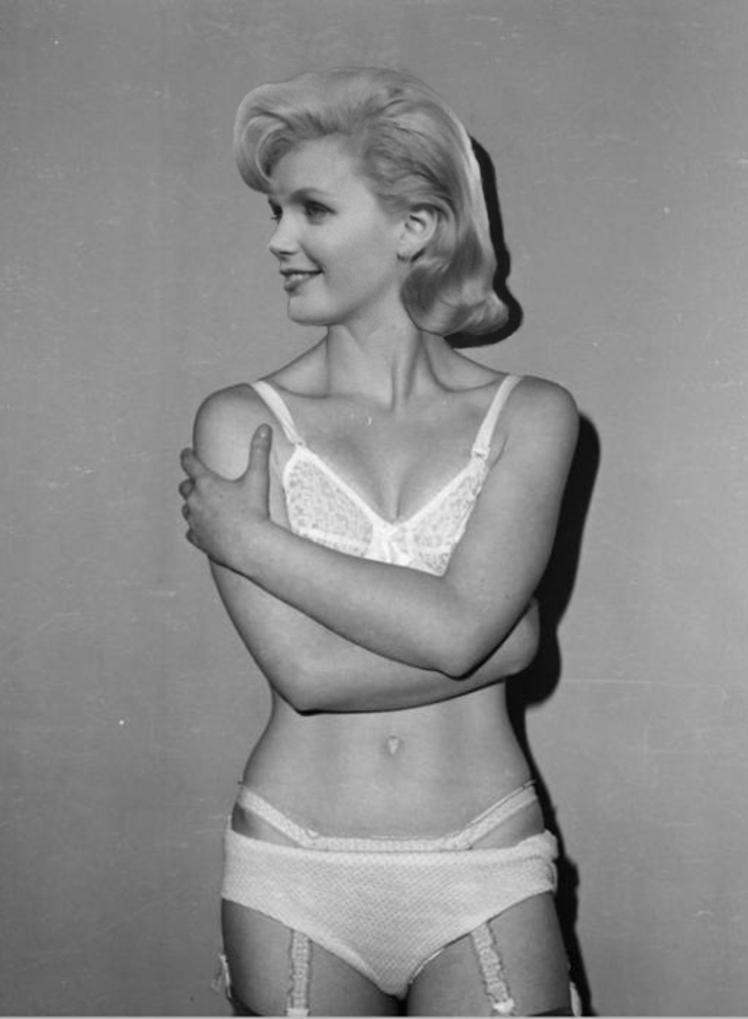 2 Lee Remick underwear