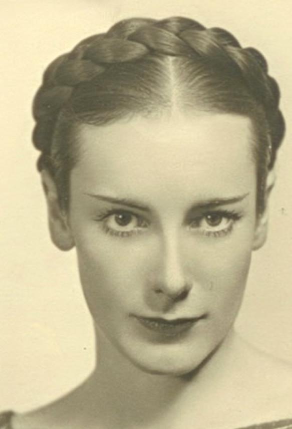 2 Joan Grant