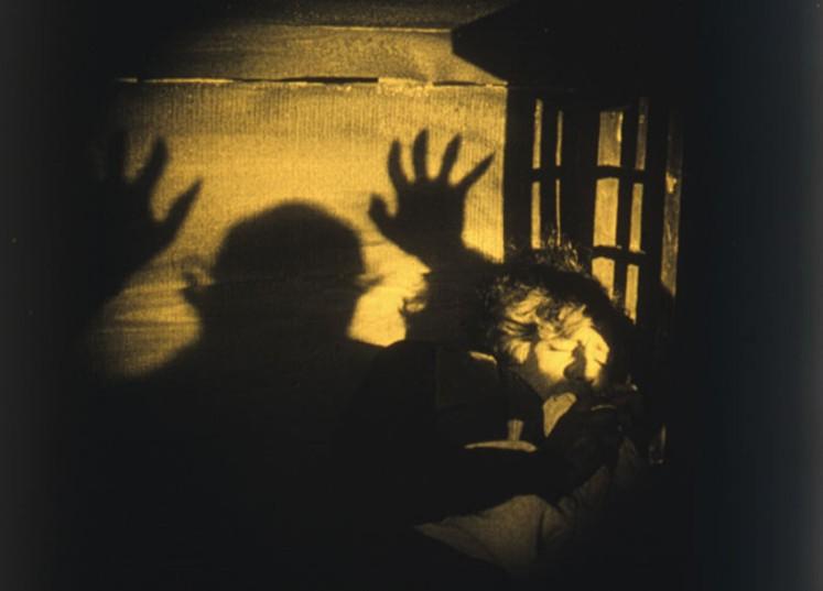 6 Nosferatu