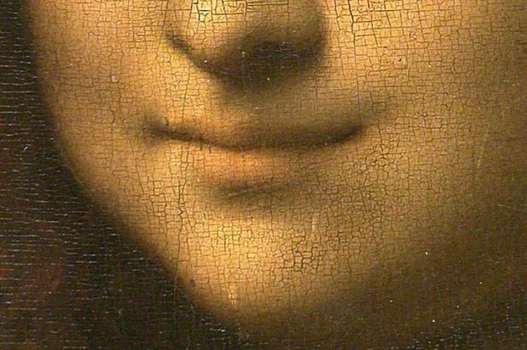 9 Mona Lisa smile
