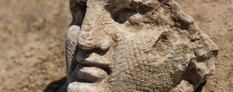 1 sculpture head
