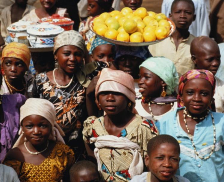 6 Nigeria women in market