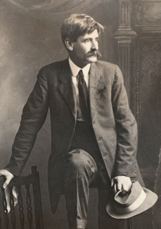 protagonist and henry lawson The drover's wife is a dramatic short story by the australian writer henry  lawson it recounts  contents [hide] 1 plot summary 2 publications 3  reception 4 cultural references 5 television adaptation 6 dramatic adaptation  7 references.
