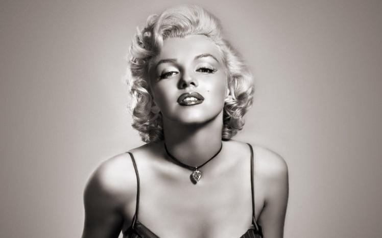 7 Marilyn Monroe
