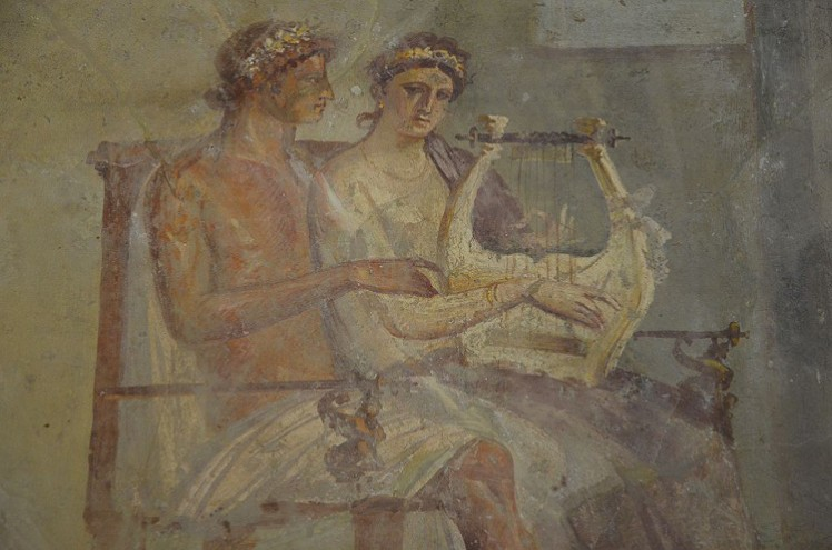 5 Fresco of a woman playing the lyre, AD 50-79, Pompeii